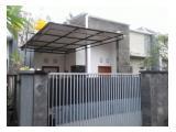 Rumah lokasi strategis dan nyaman dikawan nuansa hijau green kori ubung disewakan