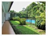 Disewakan Rumah Megah di Kemang, dengan kondisi yang cantik dan taman yang cantik
