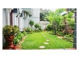 Disewakan Rumah Besar dan Bagus di Pondok Hijau dengan konsep Klasik