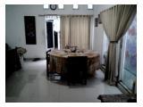 ruang makan untuk kebersamaan yang nyaman