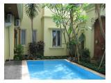 Rumah disewa di Cilandak Barat Jakarta Selatan dekat JIS