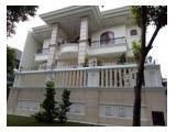 DISEWAKAN: Rumah Mewah & Besar (4 Kamar Tidur) di Jl. Duta Niaga , Pondok Indah - Jkt Selatan