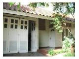 Sewa Rumah 5BR, 300m2 - Bintaro Jaya, Tangerang Selatan