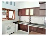 For Rent Single House at Kemang With Swimming Pool & Unfurnished !
