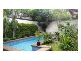 Disewakan Rumah di Kemang Dalam 9 Jakarta Selatan - 4+2 Kamar Tidur Unfurnished